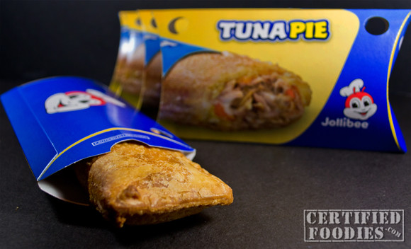 Jollibee Tuna Pie is back in time for the Lenten season!