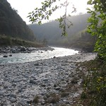 "Upper Sun Koshi <a style=""margin-left:10px; font-size:0.8em;"" href=""http://www.flickr.com/photos/14315427@N00/6839942020/"" target=""_blank"">@flickr</a>"