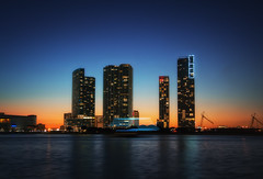 Dramatic Sunset of MIAMI 1 (Yohsuke_NIKON_Japan) Tags: ocean longexposure sunset usa night skyscraper nikon florida miami atlantic resort fl nightview dust 夜景 magichour zoomlens アメリカ 長時間露光 18200mm フロリダ bluemoment colorefex マイアミ d3100