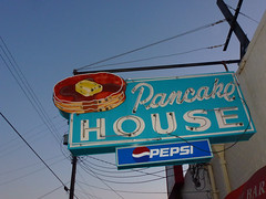 Selma, AL Pancake House sign (army.arch) Tags: sign pancakes al neon alabama selma