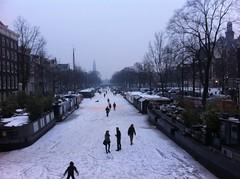Een bevroren Prinsengracht (Patrick van IJzendoorn) Tags: ice amsterdam skating prinsengracht ijsplezier