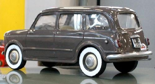 Fiat 1100 familiare 1-18