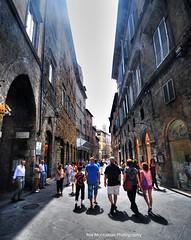 the streets of siena (Rex Montalban Photography) Tags: italy europe siena hdr photomatix rexmontalbanphotography pse9 posthdrprocessingwasdoneonthesky
