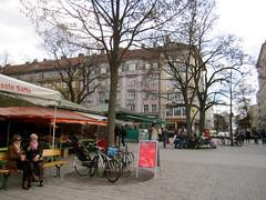 Open-air market (La Citta Vita) Tags: city publicspace germany munich mnchen urbanism openair viktualienmarkt outdoormarket