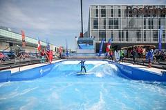 Gigawelle (Patrick Frauchiger) Tags: water mobile giant wasser surf bea expo wave mobil surfing welle surfen 2016 swisscom citywave gigawelle wellenreitanlage