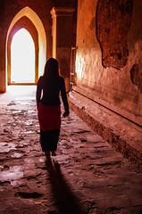IMGP7487 (Montre ce qu'il voit!) Tags: colors landscape gold golden julien asia pentax couleurs burma religion buddhism myanmar asie mm paysage budda vidal k5 birmanie boudhisme myanmarbirmanie mandalayregion
