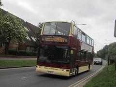 East Yorkshire 670 80EYC Rawling Way, Hull on 57 (1) (1280x960) (dearingbuspix) Tags: 670 eastyorkshire eyms 80eyc yy52lck