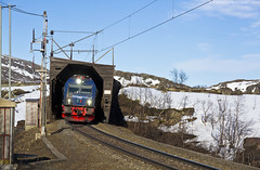 Aus dem Tunnel... (Federico Santagati) Tags: und kiruna narvik 122 118 lkab murjek iore mtab haugfjell rtsi