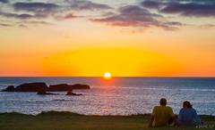 Sunset (Jaime GF) Tags: sunset puestadesol atardecer coast costa sea mar sun sol couple pareja verdicio gozn asturias spain nikon d40