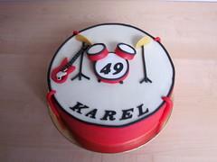 drum en gitaar karel 49 (semivi) Tags: birthday red man cake drum guitar semivi