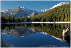 Early Morning On Bear Lake (glness) Tags: mountains reflection colorado rockymountains rockymountainnationalpark continentaldivide bearlake gregness