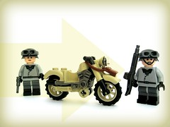 Deutsche BMW Motorrad ([Stijn Oom]) Tags: lego explore bmw ww2 motorcycle without decals uli germans brickarms legouli