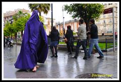 Sevilla-Jueves Santo (doctorangel) Tags: santa espaa sevilla spain holy week tradition espagne semana nazareno semanasanta tradicion nazarenos penitente costaleros folclore cofrades cofradia hermandad cofradias floklore