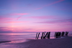 Nrre Lyngby Sunset (Licht und Korn) Tags: sunset mer beach colors twilight couleurs northsea silence naplemente plage tenger tengerpart coucherdesoleil hav farver sznek csend lamerdunord flickraward nordsen nrrelyngby szakitenger flickraward sea lichtundkorn