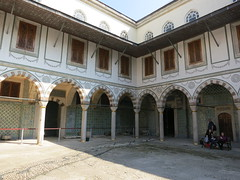 Courtyard of the Valide Sultan at the Harem, Topkapi Palace, Istanbul (John S Y Lee) Tags: turkey courtyard istanbul palace sultan topkapi harem valide