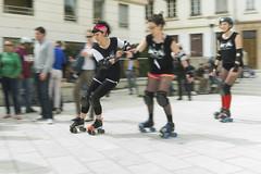 Lyon's Grriottes Girrls in action! (RodaLarga) Tags: lumix lyon rollerderby lx5 grriottesgirrls