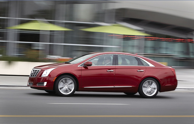 sedan luxury 2013cadillacxts lafontainecadillac