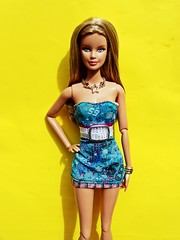 last days of summer (toeberriesqueen) Tags: pink hot nature fashion glitter shoes dolls all katy top models barbie disney wishlist 25 hollywood actress singers adele americas basics glee antm fashionistas topmodel rihanna barbieshoes barbiefashionistas barbiebasics barbiebasics25 antm17