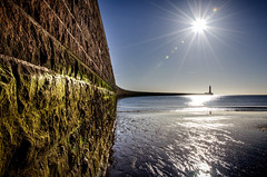 Roker Pier and Lighthouse, Sunderland (DM Allan) Tags: northsea eastcoast sunderland wearside wearmouth rokerpier