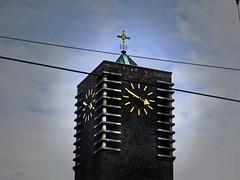 033 clock (jasminepeters019) Tags: clock europe time clocktower timepiece europetrip ticktock 100shoot
