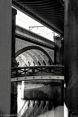 Bridges of Castlefield 8a (Leopold Green) Tags: manchester bridges castlefield railwaybridge manchestershipcanal