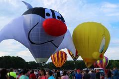I thought I saw a Puddycat (DavidMethvinPierce) Tags: sylvester balloon decatur tweety