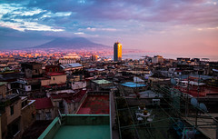 IMG_5092-3 (JOAQUIM PHOTO) Tags: sunset rooftop colors rouge spot napoli vesuvio vue toits