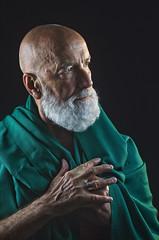 GuruPiero (sharkoman) Tags: verde bianca ritratto piero barba telo fiumeazzurro