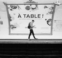 METRO Station (Christof Timmermann) Tags: metro paris olympuspen olympus streetfotografie blackwhite christof timmermann walk