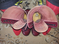 20160421_095846 (rugby#9) Tags: original black feet yellow cherry boot shoe hole boots lace dr air 14 7 indoor icon wear size jeans footwear stitching comfort sole doc 1914 cushion soles dm docs eyelets drmartens bouncing airwair docmartens wrangler martens dms blackjeans wranglerjeans wair doctormarten 14hole yellowstitching