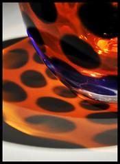 Kunst aus der Kche/art in the kitchen/Art dans la cuisine (Linda Broszeit) Tags: blue orange blau dots glas schale punkte