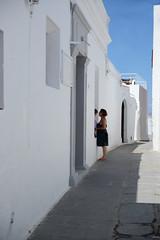 True Love in Lindos (giugno 2016) (Matt FCSP Murphys) Tags: love true daughter mother streetphotography greece lindo mamma vero rodos amore madre lindos figlia rodhos