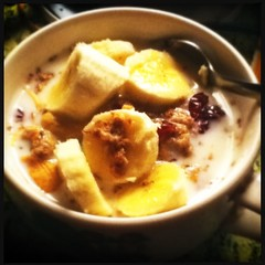 DILO 20 Mar 2012 (Computer Science Geek) Tags: fruit breakfast spring cereal adayinthelifeof dilo vernalequinox norooz nowruz narooz hipstamatic dilomar12 lensloftusfilmdcflashoff