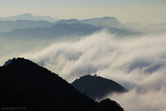 ZenMountainous Waves (Singer ) Tags: sunset sea sky mist mountain tree fog clouds canon temple hill taiwan gazebo singer  taipei  summerhouse       seaofclouds  jioufen                        singer186