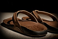 151/365  Flippy-Floppys (zoosee) Tags: sandals flipflops olukai