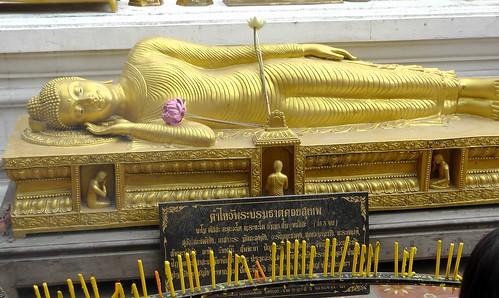 reclined Buddha (2)