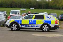 Cambridgeshire Police Skoda Octavia Scout Dog Section Car (PFB-999) Tags: dog car wagon estate 4x4 police scout vehicle leds van peterborough section cambridgeshire grilles k9 skoda unit cambs 2016 showground lightbar truckfest constabulary octabia