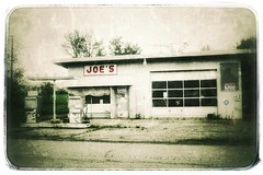 Joe's (podolux) Tags: abandoned de roadtrip gasstation delaware joes selectivecolor postprocessing 2016 deadgasstation abandonedgasstation selectivecoloring route301 rt301 a6000 snapseed sonya6000 may2016