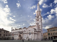 Modena Piazza Grande and the Cathedral at sunset (Dante Farricella - Studioieffe) Tags: sunset italy church italia tramonto cathedral chiesa duomo modena romanic romanico cattedrale piazzagrande