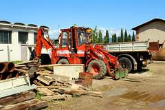 Fai 585 (Falippo) Tags: komatsu fai cantiere backhoeloader terna escavatore tractopelle macchinemovimentoterra baggerlader diggerloader