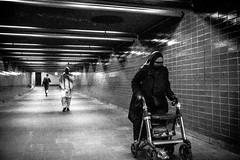 (Mr_Buddis) Tags: oslo bnw grnland streetphotographyoslo