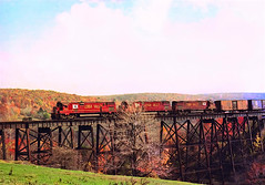 LV 640               10-11-75 (C E Turley) Tags: trains dh railways lehighvalley railroads