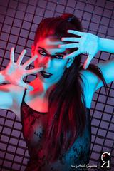 SaraSize (Ardo Gwyddon) Tags: face model chica retrato cara moda estudio alas chicas shooting redhair pelirroja rejas glamur lencera estudiointerior sesinalas