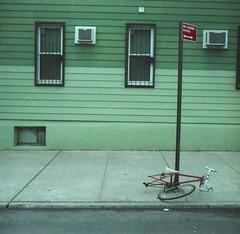13 (ukneecorn) Tags: clr taxona enroute homes geometrical bikegang deadthings