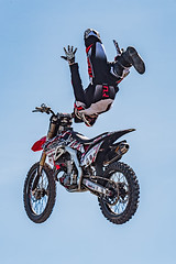 A55T9615 (Nick Kozub) Tags: canada sport monster canon eos compound insane energy montreal flight du demonstration prix hero l motor inverted airborne motocross ef stunt acrobatic 2016 f3556 35350 grnad 1dx