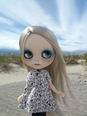 Sand Dunes (Smeebot) Tags: california death justice doll valley blythe neo custom themis gbaby