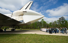 Shuttle Discovery Arrives at Udvar-Hazy (201204190025HQ) (NASA HQ PHOTO) Tags: usa virginia nasa va discovery spaceshuttle chantilly stevenfudvarhazycenter carlacioffi
