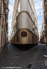 Flat Iron? No, Cadiz... (asturpaco) Tags: city espaa building corner andaluca edificio ciudad esquina cadiz flatiron