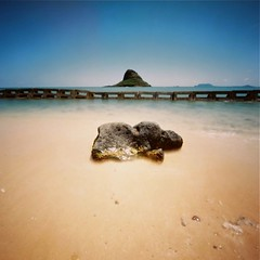 Happy June! (art y fotos) Tags: 120 6x6 mediumformat hawaii sand rocks oahu handmade bamboo pinhole homemade bambole kualoa chinamanshat mokolii kualoaregionalpark thecompact kodakektar100 lebambolemkii bamboopinholecamera