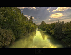 ...il fiume v... (ph.p.ph.) Tags: sky italy panorama cloud tree water yellow river photo ray foto paolo fiume ombra deep campagna usm paesaggio bestever fluviale indaco canonefs1755mmf28isusmlens efs1022mmf35 canoneos7d vallepadana mygearandme mygearandmepremium mygearandmebronze mygearandmesilver mygearandmegold mygearandmeplatinum mygearandmediamond phpph phpphotography load186 thankgomesfortaginsert